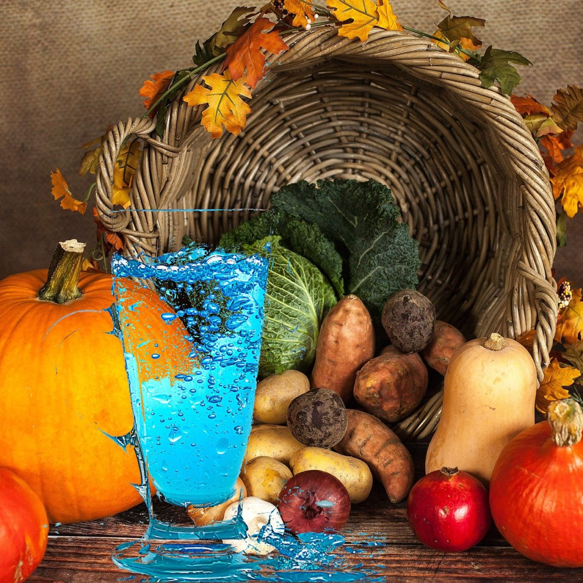 Image of Thanksgiving Table with water jug